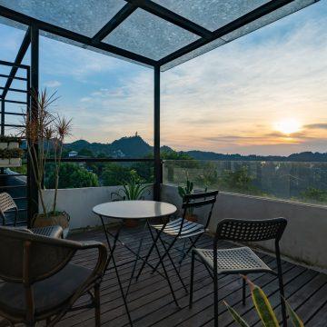 Żagle przeciwsłoneczne na taras i balkon