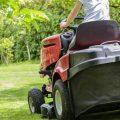 koszenie trawy traktorkiem